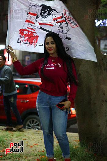 احتفالات جماهير الزمالك في شارع جامعة الدول العربية1 (35)