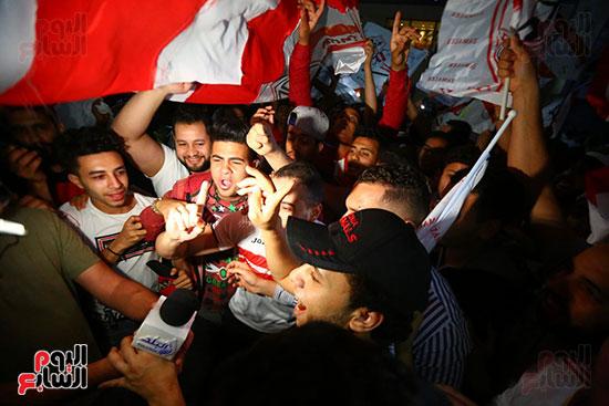 احتفالات جماهير الزمالك في شارع جامعة الدول العربية1 (2)