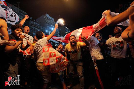 احتفالات جماهير الزمالك في شارع جامعة الدول العربية (12)