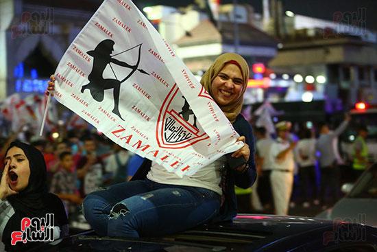 احتفالات جماهير الزمالك في شارع جامعة الدول العربية1 (6)
