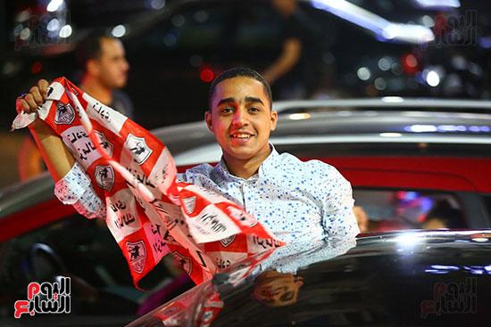 احتفالات جماهير الزمالك في شارع جامعة الدول العربية1 (14)