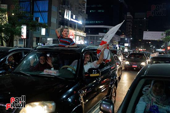احتفالات جماهير الزمالك في شارع جامعة الدول العربية (34)