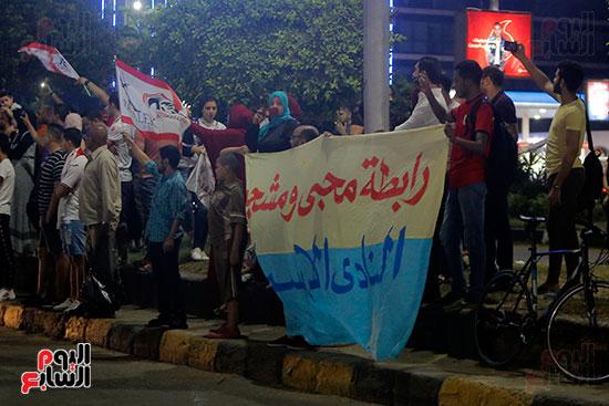 احتفالات جماهير الزمالك في شارع جامعة الدول العربية (2)