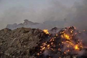 حرائق القمامة بمقلب فى العبور
