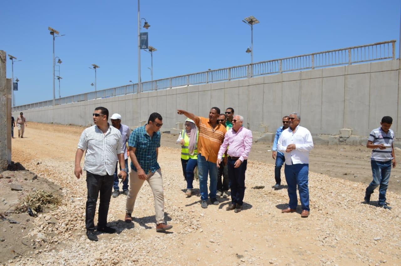 جولة  محافظ بورسعيد على قناة الاتصال (4)