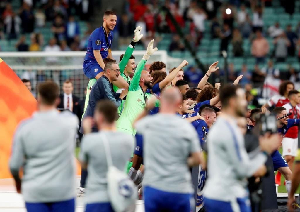 تشيلسي يتوج بلقب الدوري الأوروبي (14)
