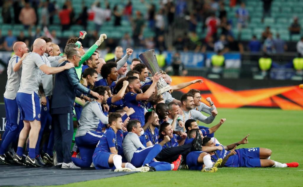 تشيلسي يتوج بلقب الدوري الأوروبي (11)