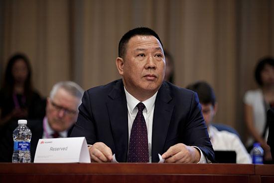 سونج ليوبينج المسئول القانونى لشركة هواوى