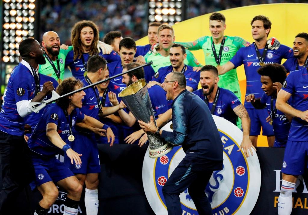 تشيلسي يتوج بلقب الدوري الأوروبي (13)