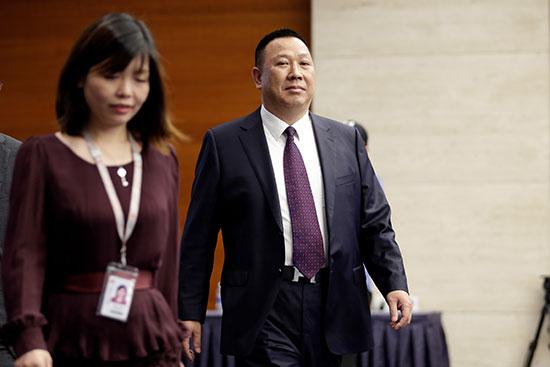وصول سونج ليوبينج المسئول القانونى لشركة هواوى
