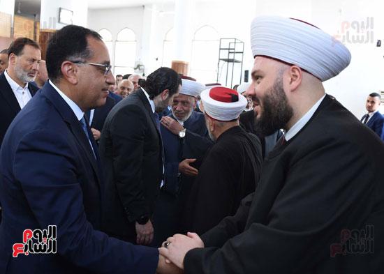 مدبولى يصلى الجمعة مع نظيره اللبنانى بأحد مساجد بيروت (6)