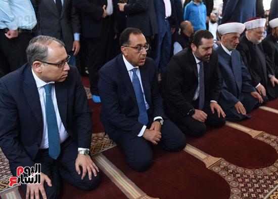 مدبولى يصلى الجمعة مع نظيره اللبنانى بأحد مساجد بيروت (5)