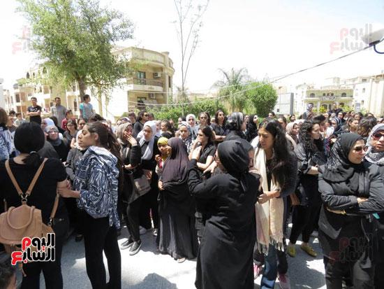 جنازة نورا جمااد (11)