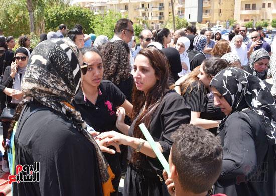 جنازة نوراا كامل (10)