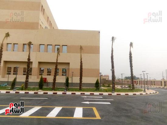 مستشفي-العديسات-تسابق-الزمن-لإفتتاحها-وخدمة-أهالي-مدينة-الطود-خلال-الفترة-المقبلة-(8)