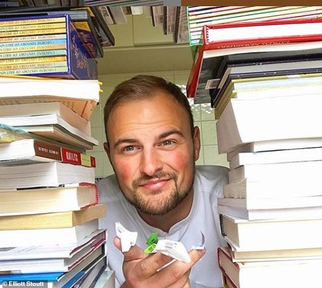 مدرس يبيع الكتب على الأنترنت ويحقق 42 ألف دولار سنويا (2)