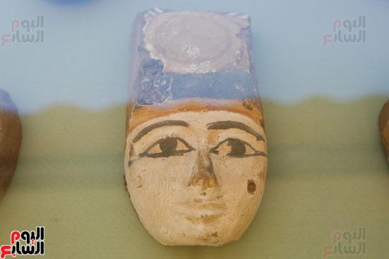 اكتشاف مقبرة لكاهنين من عصر الدولة القديمة فى الهرم (7)