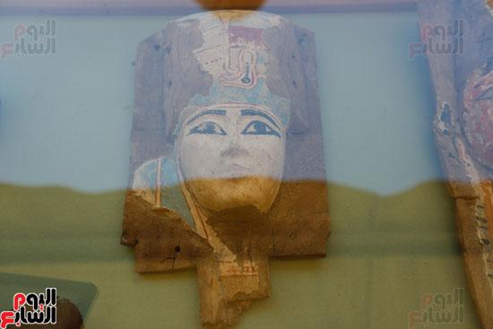 اكتشاف مقبرة لكاهنين من عصر الدولة القديمة فى الهرم (11)