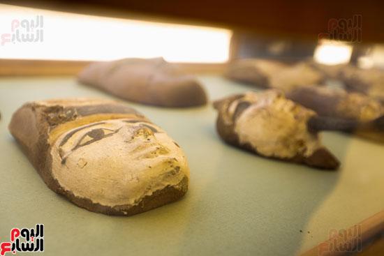 اكتشاف مقبرة لكاهنين من عصر الدولة القديمة فى الهرم (26)