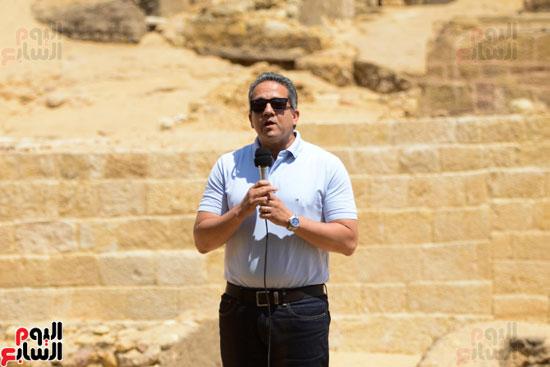 اكتشاف مقبرة لكاهنين من عصر الدولة القديمة فى الهرم (1)