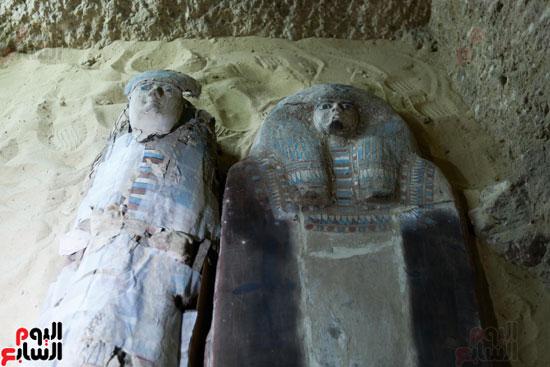 اكتشاف مقبرة لكاهنين من عصر الدولة القديمة فى الهرم (18)