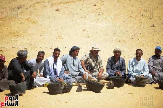اكتشاف مقبرة لكاهنين من عصر الدولة القديمة فى الهرم (27)