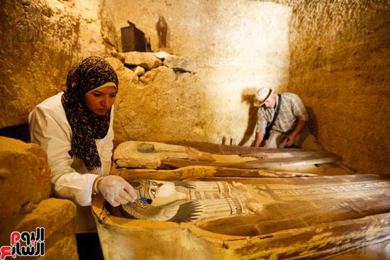 اكتشاف مقبرة لكاهنين من عصر الدولة القديمة فى الهرم (24)
