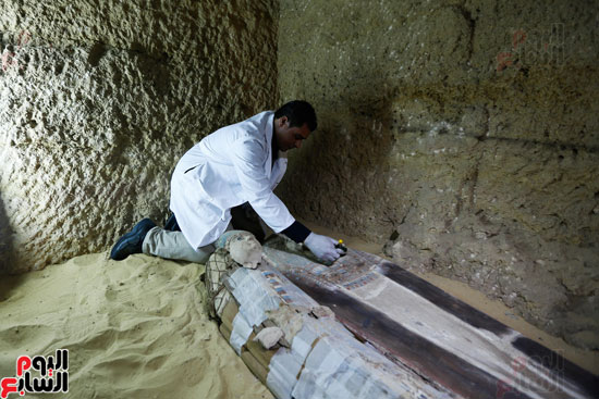 اكتشاف مقبرة لكاهنين من عصر الدولة القديمة فى الهرم (19)