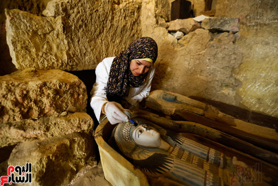 اكتشاف مقبرة لكاهنين من عصر الدولة القديمة فى الهرم (13)