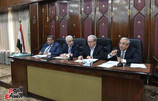 اجتماع لجنة الخطة والموازنة  (10)