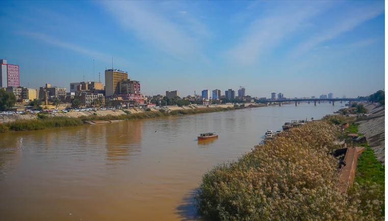 نهر دجلة بوسط بغداد
