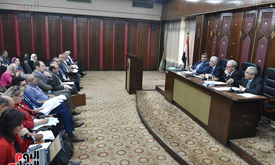اجتماع لجنة الخطة والموازنة  (16)