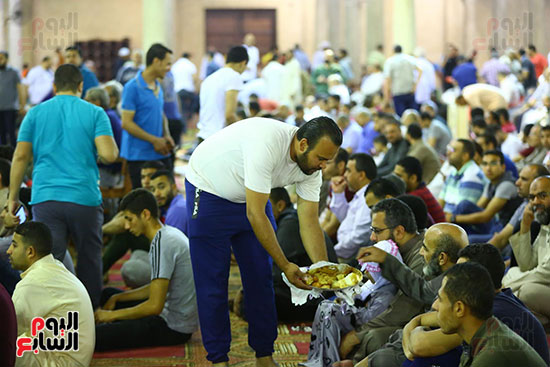 صلاة التراويح فى مسجد عمرو بن العاص (3)