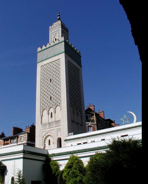 مأذنة المسجد