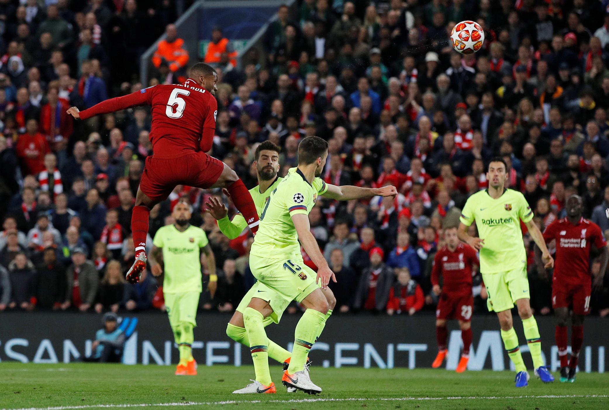 ليفربول ضد برشلونة  (10)