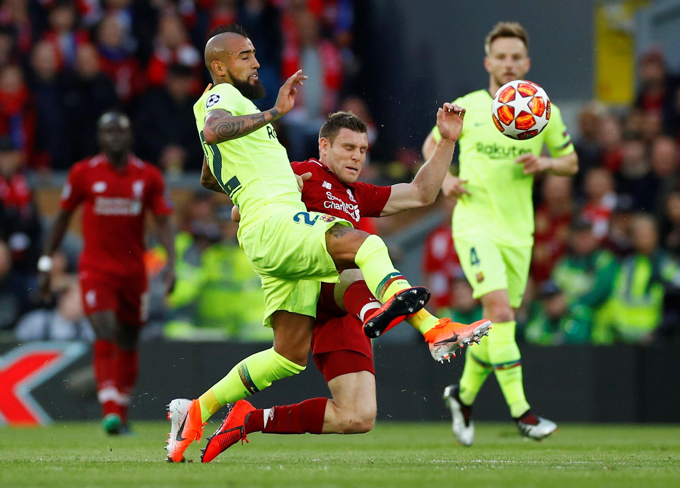 ليفربول ضد برشلونة  (35)