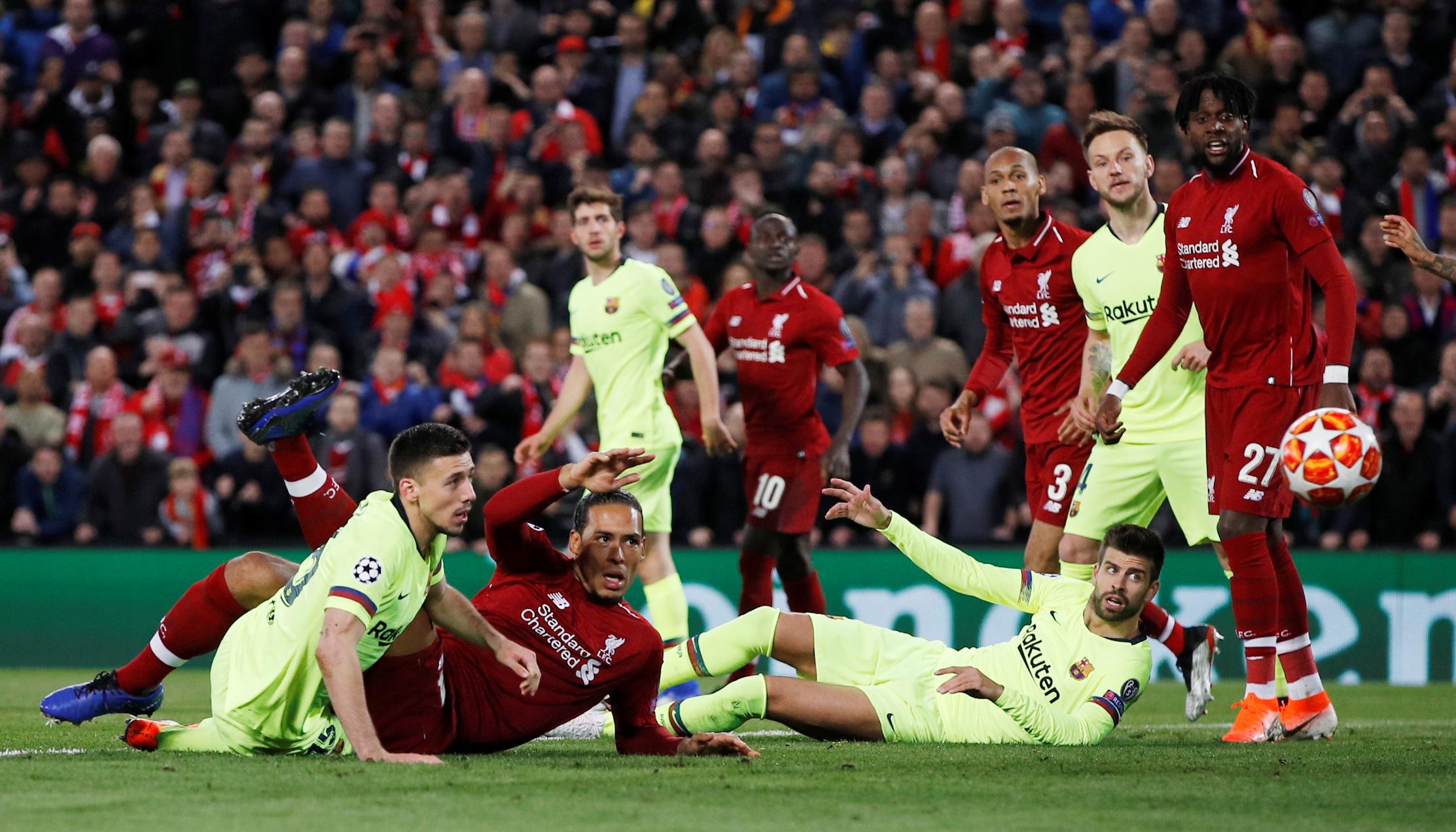 ليفربول ضد برشلونة  (7)