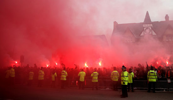 ليفربول ضد برشلونة (32)