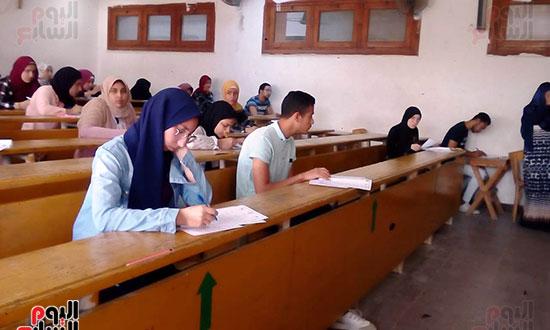 امتحانات نهاية العام (2)