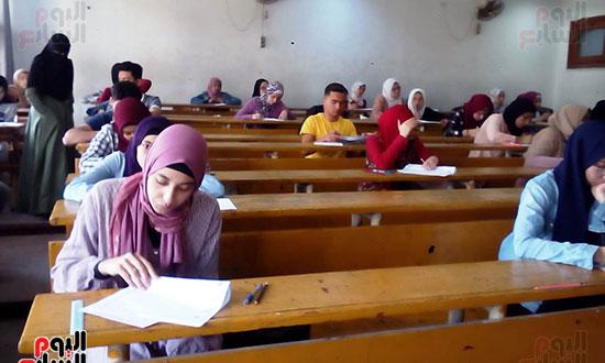 امتحانات نهاية العام (3)