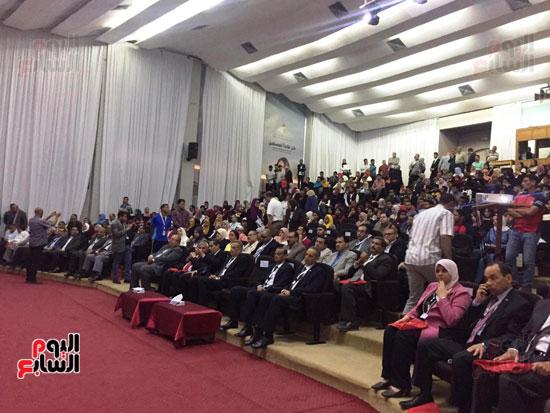 مؤتمر البحوث الطلابية الثالث بجامعة قناة السويس (4)