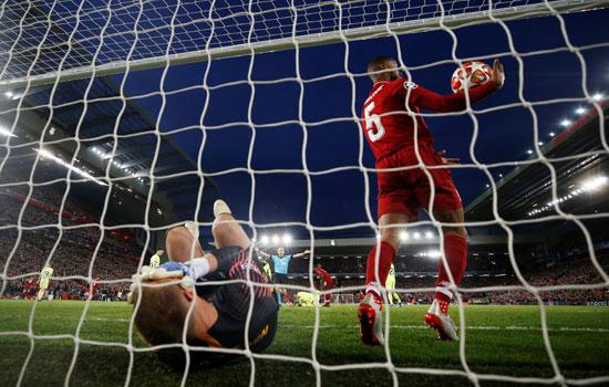 ليفربول ضد برشلونة (39)