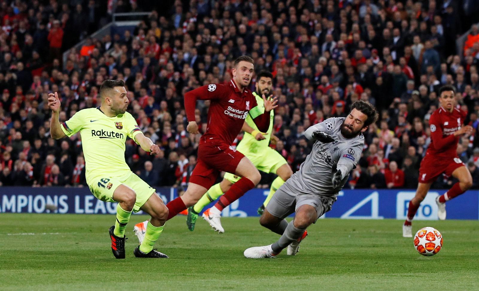 ليفربول ضد برشلونة  (5)