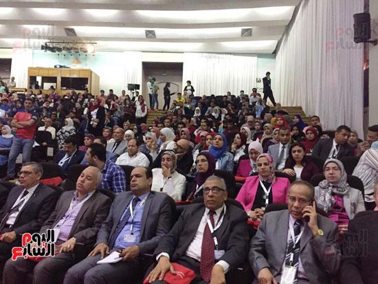 مؤتمر البحوث الطلابية الثالث بجامعة قناة السويس (6)