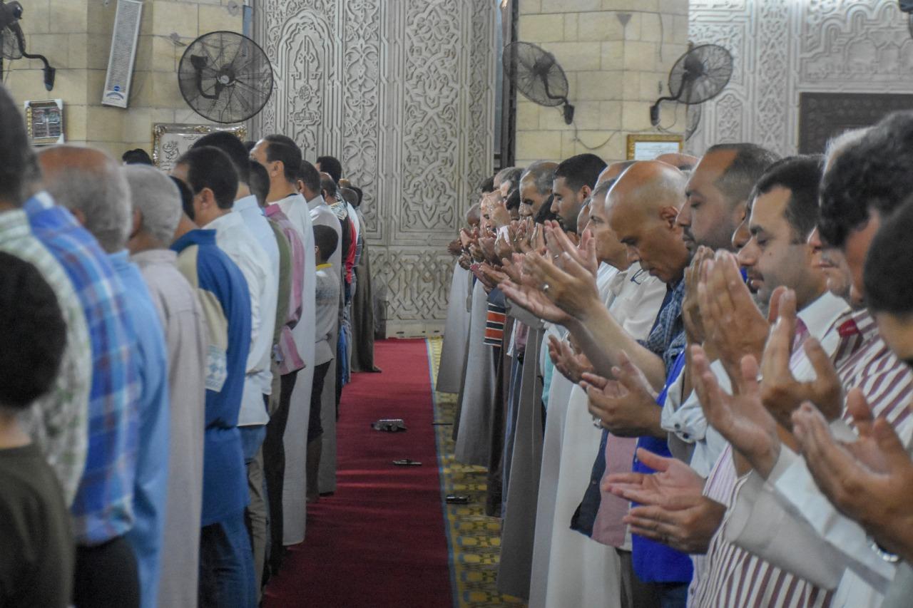 أوقاف الإسكندرية تحتفل بليلة القدر بحضور المحافظ (3)