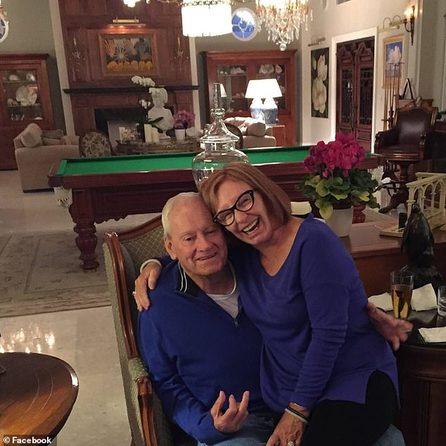 زوجان يخرجان من قائمة الأثرياء بسبب الأعمال الخيرية (1)