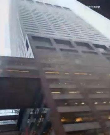 اصطدام مروحية أمريكية بمبنى فى نيويورك (7)