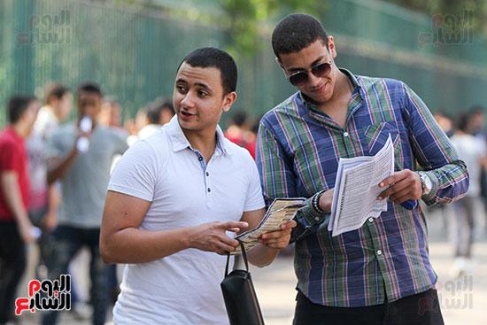 طلاب-الثانوية-العامة-(2)