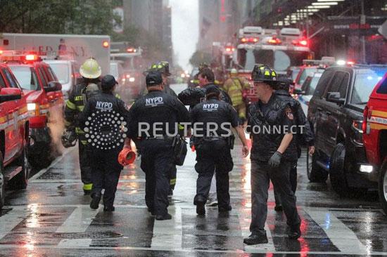 اصطدام مروحية أمريكية بمبنى فى نيويورك (12)