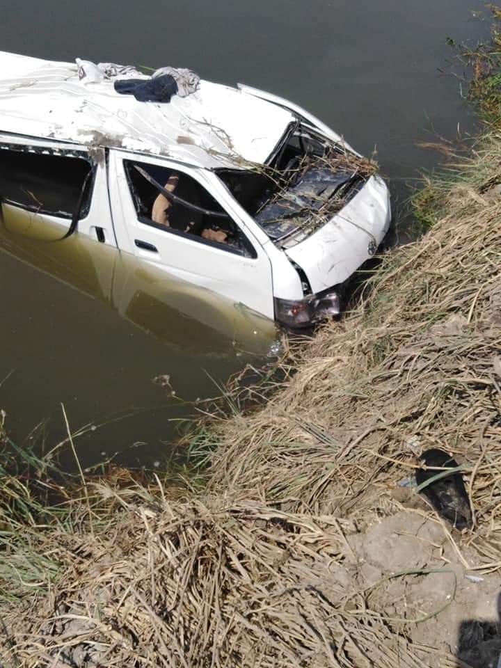 مصرع 7 اشخاص واصابة 16 اخرين فى حادث تصادم بالبحيرة (3)